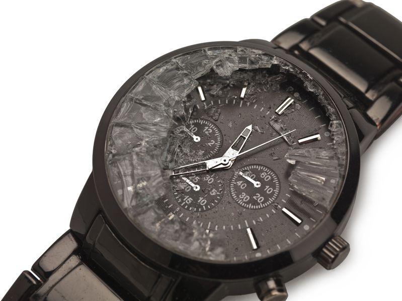 Votre verre de montre est cassé ?